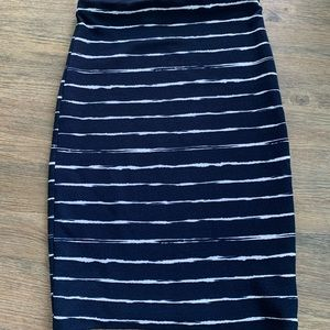 Necessary objects pencil body on skirt navy XS